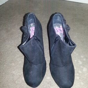 Betsey Johnson Shoes - booties